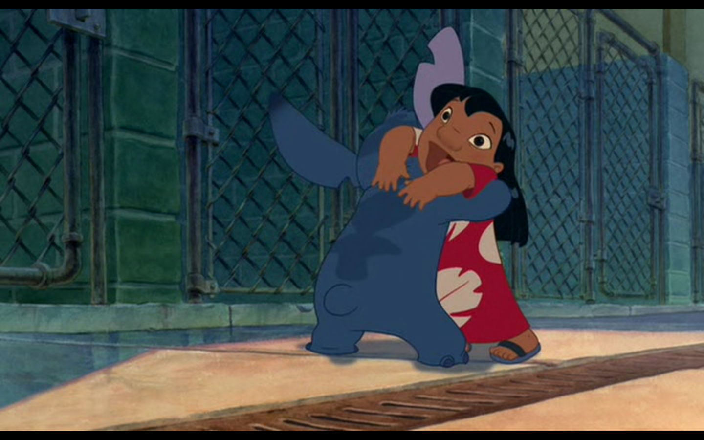 Stitch Hugs Lilo